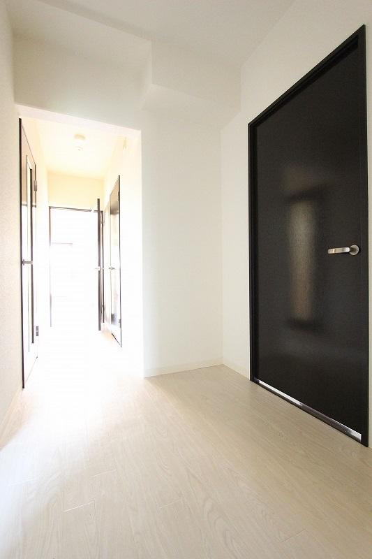 心地好いマンション暮らし ~キリッと引き締めドア~のサムネイル