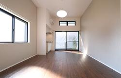 Lifeship_A_room.JPG